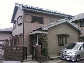 塗装後の茶系で統一された神戸市H様邸