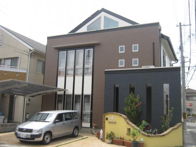 重厚感のある塗装後の兵庫県姫路市M様邸