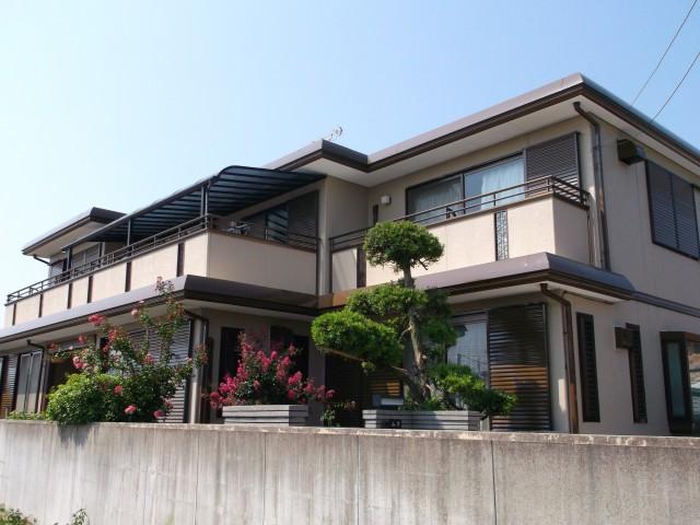 バランスの取れた外観色になった塗装後の兵庫県高砂市Y様邸