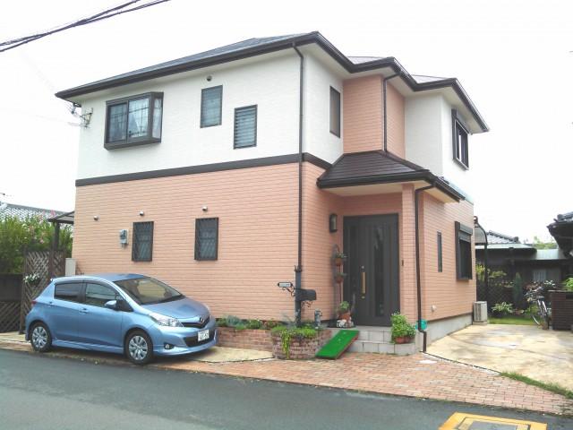 明るい外観色になった塗装後の兵庫県高砂市O様邸