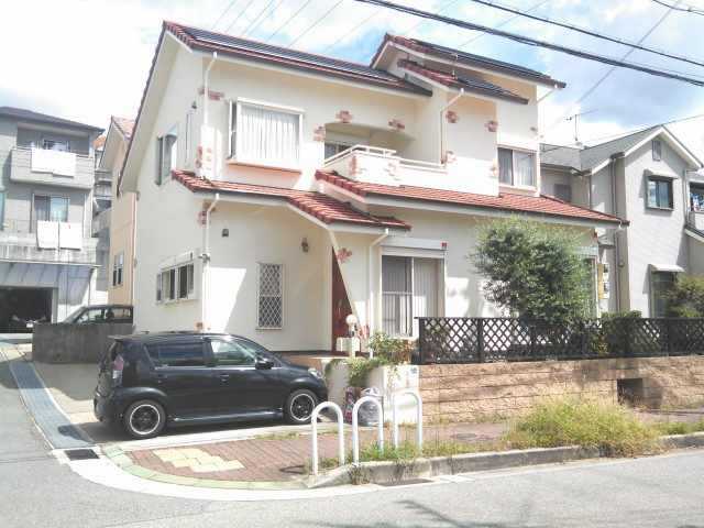 開放的な色合いの塗装後の兵庫県神戸市I様邸