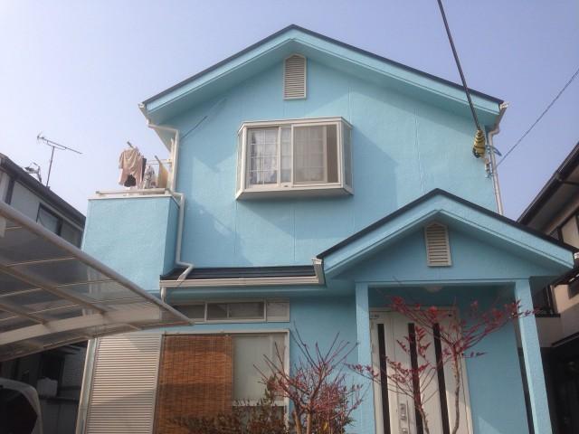 鮮やかなブルーの塗装後の兵庫県加古川市E様邸