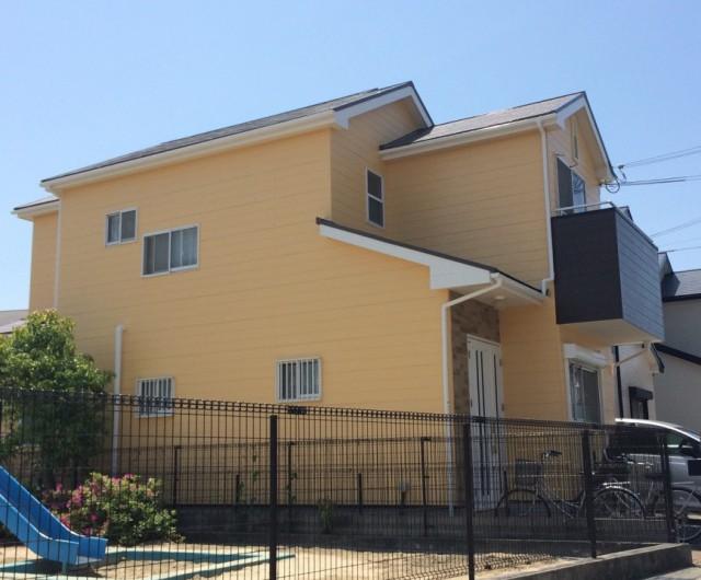 クリーム系のツートンカラー塗装後の兵庫県加古川郡A様邸