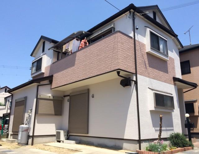 明るい外観色になった塗装後の兵庫県加古郡O様邸