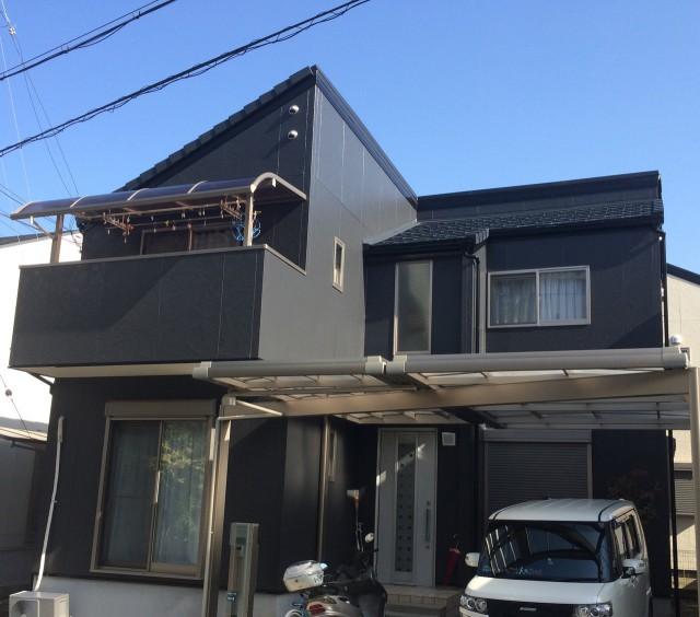 黒系の外観色がシックな神戸市北区のT様邸