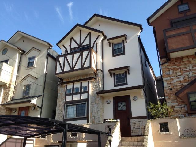 ロッジ風の神戸市須磨区のK様邸