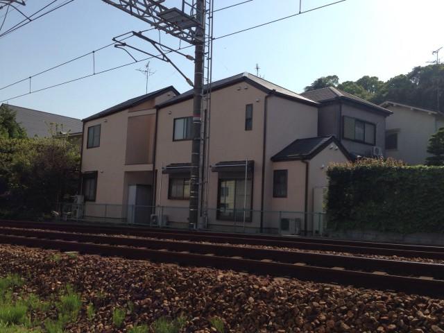 ベージュのツートンカラー兵庫県宝塚市のK様邸