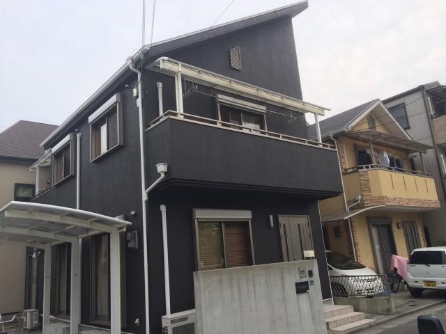 黒系のシックな兵庫県神戸市のT様邸