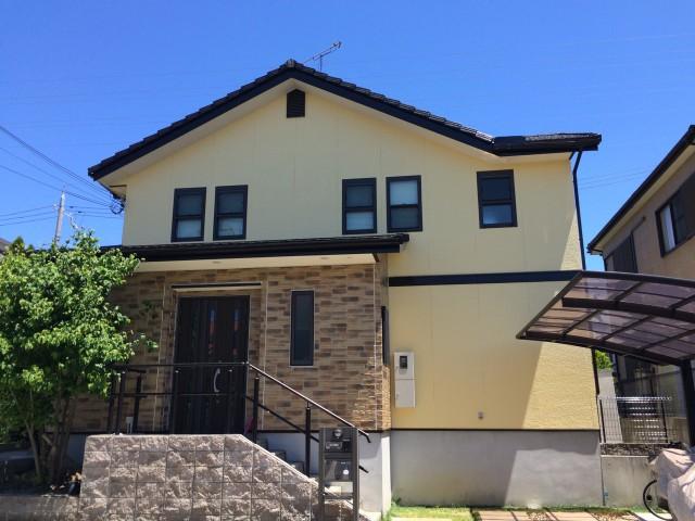 クリーム色の兵庫県神戸市のS様邸