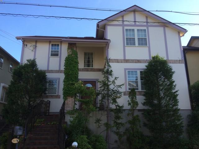 ライン模様が特徴的な兵庫県神戸市須磨区O様邸