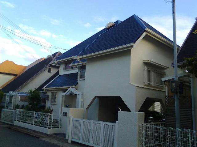白と青の外壁兵庫県神戸市須磨区I様邸の外壁塗装・屋根塗装