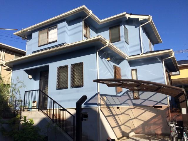 明るいブルーの兵庫県神戸市北区のI様邸